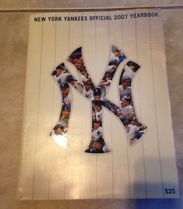 New York Yankees Baseball Official 2007 Yearbook