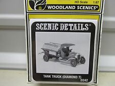 WOODLAND SCENICS ~D-242~ TANK TRUCK (DIAMOND T) KIT~ LOT B  ~  HO SCALE