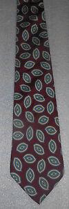 Surrey Traditional Mens Paisley Print Italian Necktie Silk Designer Tie 54 inch
