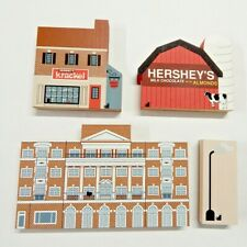 The Cat's Meow Village Pieces Lot of 4 Hershey, Pa Chocolate Town Usa