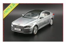 1:18 Hyundai Genesis  Die Cast Model Silver