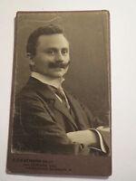 Hannover - Mann mit Bart im Anzug - Portrait / CDV