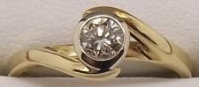 18CT YELLOW GOLD DIAMOND BEZEL SET SOLITAIRE ENGAGEMENT/DRESS RING-VALUED $1436