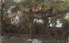 POSTCARD   ESSEX   BUSHWOOD    Swiss   Cottage