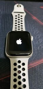 Apple A2093 Series 5 44mm Gps Only White Smart Watch