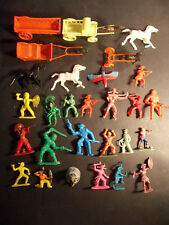 BONUX NESTLE CLAIRET STARLUX cow-boy indiens plastique figurines charrette USA