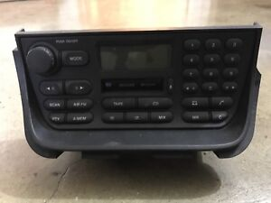 1998 - 2002 Jaguar XJ8 Factory Stereo Cassette Tape Player Am/Fm OEM Radio
