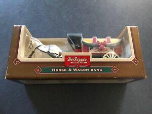 Ertl Dr. Pepper Horse & wagon bank 1995 Happy Holidays