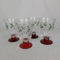 Pfaltzgraff Winterberry Water Goblet Set of 4 Glasses Christmas Holly Footed Box
