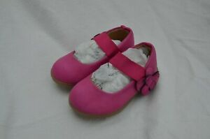 Girl's Baby's size 5 Carter's Mary Jane pink shoes with strap