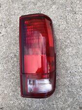 NOS Chevrolet S10 Blazer GMC S15 Sonoma Right Tail Light Lamp Assembly 915710