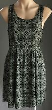 Pre-owned Black/White DIVIDED Sleeveless Cut Out Waist Skater Dress Size 10