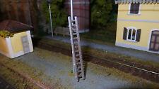 scala montata e verniciatada stazione tipo FS o altro scenario scala HO