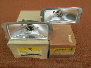 1969-72? Opel Wagon NOS Pair of Back Up Lamp Base Plates New in Boxes #17 20 152