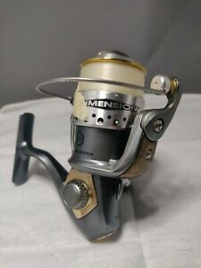 SHAKESPEARE  DIMENSION 5030 SPINNING REEL- Great Shape