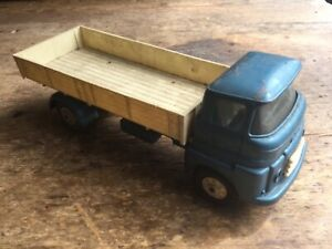 Vintage Triang made in England tipper lorry truck