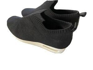 DKNY Women Shoes Knit Wedge Sneaker Black. 8