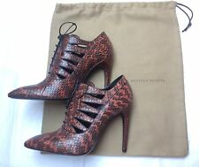 New Bottega Veneta Brown Snakeskin Cutout Lace-Up Ankle Shoes / Boots Size 38