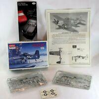 Navy Minicraft Model Kit GRUMMAN F4F-4 WILDCAT US Flighter 1/72nd  Collectable
