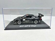 1:43... Minichamps -- Porsche 911 gt3 Cup #1 en plexibox/4 B 869
