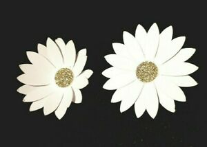 Paper/cardstock 5CM White & Gold Daisy. Arts&craft -Wall art- Table decor -🌼