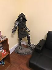 Sideshow Collectibles Legendary Scale Dr. Doom Statue Limited Edition Very Rare!