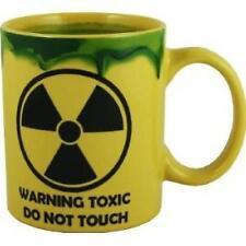 WARNING TOXIC DO NOT TOUCH RADIOACTIVE WASTE SLUG MUG CUP