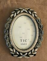 TIC oval crystal table top picture photo frame 2.5 x 3.5 leaf holly enamel