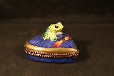Vintage Limoges Trinket Box Peint  Main Hand Painted Frog on Heart Dragonfly