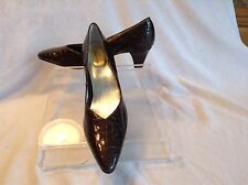 Ros Hommerson ladies dark taupe leather pumps in size 8.5 S