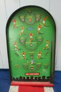 SPORTING VINTAGE RETRO OLD PIN BALL ENGLISH FOOTBALL LEAGUE PREMIER GAME 1960s