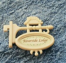 SYLVANIAN FAMILIES RIVERSIDE LODGE REPLACEMENT SIGN Bluebell Cottage Calico
