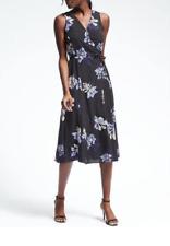 Women's NWT Banana Republic slvless midi wrap dress in black floral-S