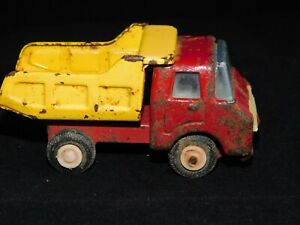 Vintage Retro Made in Japan - metal / tin Dump Truck red and yellow 11cm long