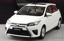 Toyota Yaris car model red or white colour   (L)