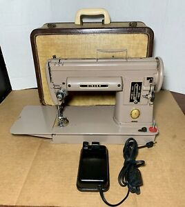 Singer 301A Sewing Machine W/ Case & Foot Control Pedal