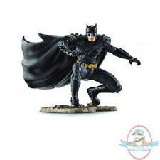 Dc Comic's Justice League Kneeling Batman 4 inch Pvc Figurine SCHLEICH