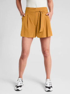 NWT Athleta Skyline Short II  Tuscan Gold Size 0 XS Work Travel #530641 $59