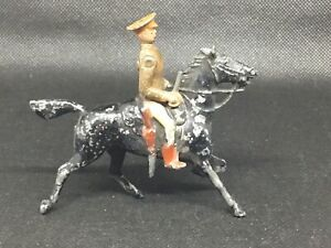 Britains Territorial Army Cavalryman DEPOSE (lime Green 348)