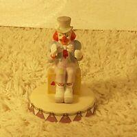 Vintage 1983 Circus Royale Applause Sitting Clown Ceramic Figurine #9610