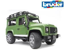 Bruder Toys 02590 Land Rover Defender Opening Doors Bonnet Working Steering 1:16