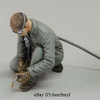 1/35 WWII US Soldiers and civilians Resin Model Kits Unpainted