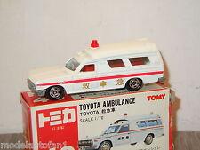 Toyota Ambulance van Tomica 40 Japan 1:70 in Box *16927