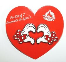 Disney Pin Trading Minnie Mouse Heart Hands Disney Store  White Gloves 2 Pins
