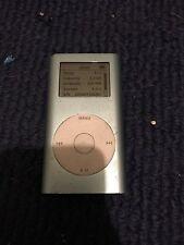 Apple iPod A1051 Mini 1st Generation 4GB MP3 Player Blue M9436ll
