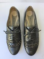 Boutique 9 Oxfords 8.5 Rizing Silver Laser Cut Flats Lace Up Metallic Nine West