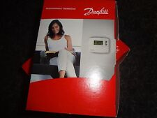 Danfoss TP5000Si Programmable Thermostat Hardwired 5/2 Day 087N791000 .Batteries