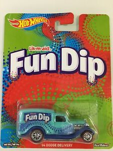HOT WHEELS 34 DODGE DELIVERY FUN DIP