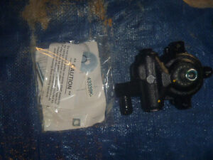 Motorcraft 97 98 99 00 01 02 Mercury Tracer Ford Escort Power Steering Pump OEM