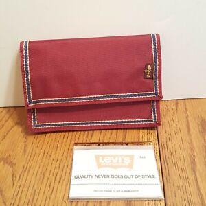 VINTAGE Levis Nylon Velcro Bi-Fold Wallet Maroon Blue Border Zip Coin Photo Card